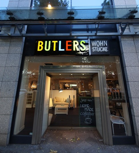 Ein Blick In Das Erste Butlers Möbelgeschäft In Berlin