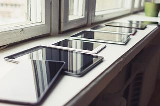 Tablet-Absatz schrumpft, trotzdem lohnt sich Tablet Commerce immer mehr [5 Lesetipps]