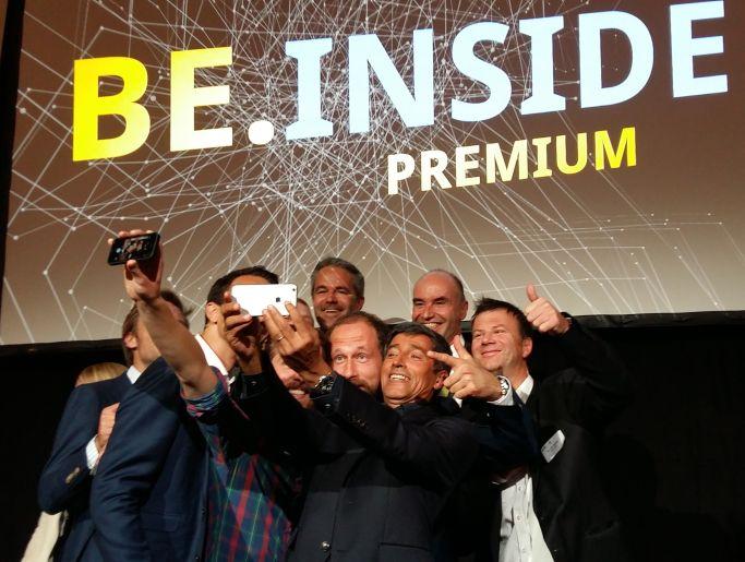 Im Tesla denkt es sich gleich viel leichter über Innovation nach: Recap zur BE.INSIDE premium 2015