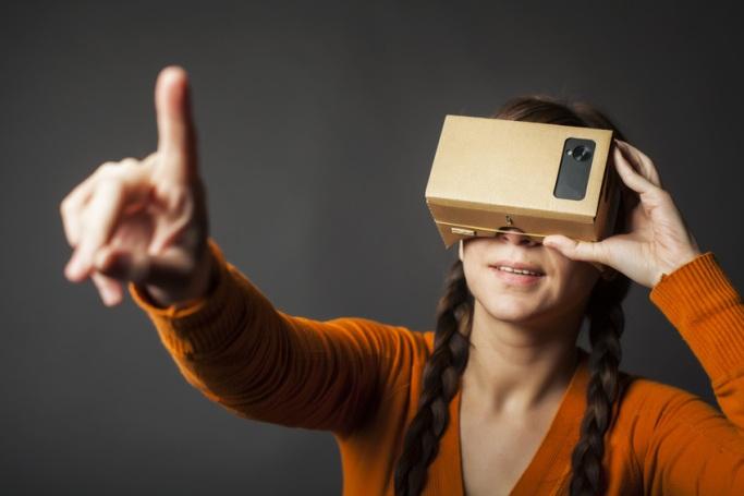Virtual-Reality-Einkaufserlebnisse – Der revolutionäre Trend 2016 [5 Lesetipps]