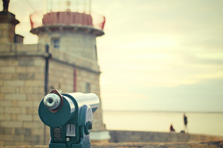 attraction-binoculars-tourists-viewing-platform