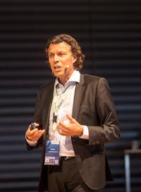 Urs Meier bei der Handelskraft 2017 Konferenz
