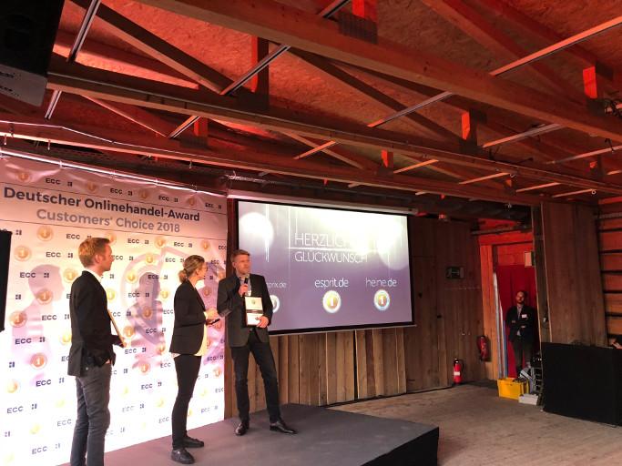 heine.de gewinnt den Onilnehändler Award 2018in der Kategorie Fashion & Accessoires