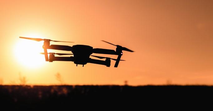 Drohnen sind die Paketlieferanten der Zukunft! Microsoft hat sich die Idee schon patentieren lassen.