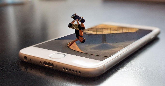 Smartphone Skateboarder
