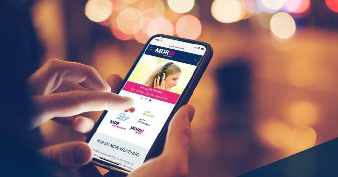 Case Study MDR-W Mock-up Smartphone