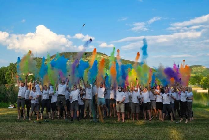 teamevent 2019, dotsource, holi color shooting