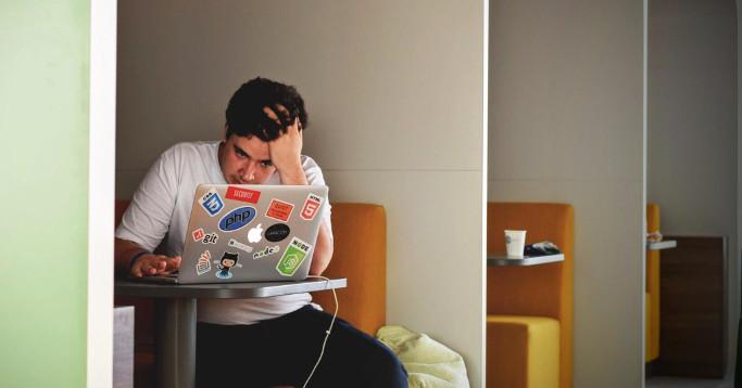 IT Recruiting in Reverse Unternehmen bewerben sich bei Softwareentwicklern