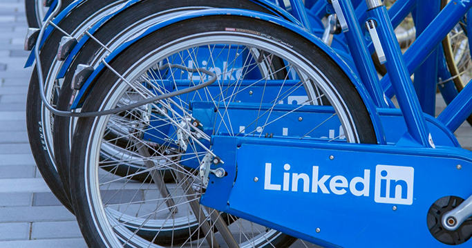 Story Feature LinkedIn