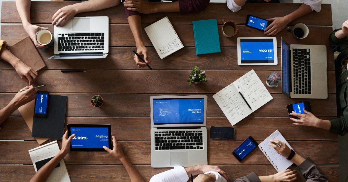 Digitale Führung: Über welche Kompetenzen Manager jetzt verfügen müssen [5 Lesetipps]